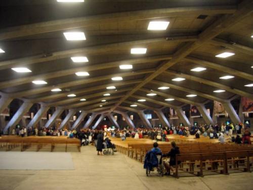 Basilique Saint-Pie X
